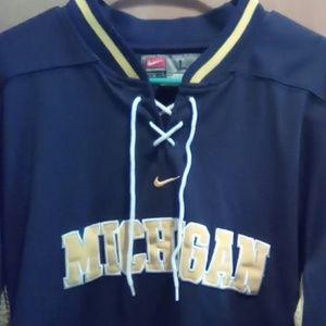 University of Michigan hockey jersey